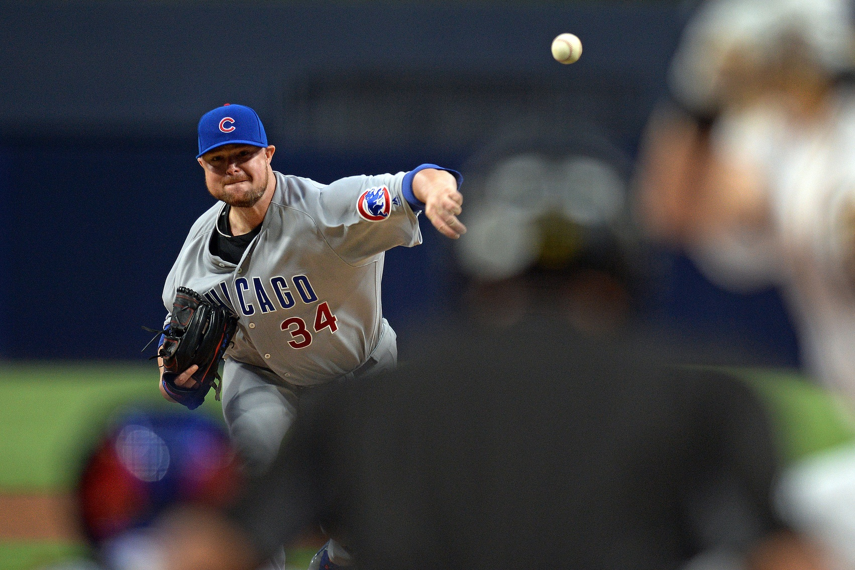 Clemens nicked early, Padres lose 6-3 to Cubs
